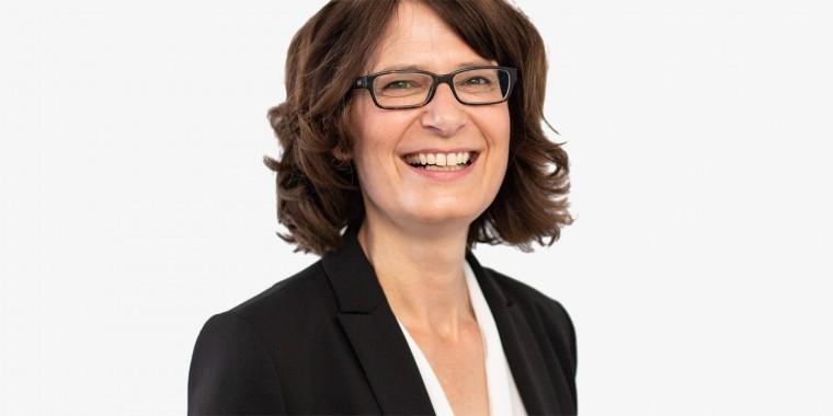 Dr. Christine Schweikert